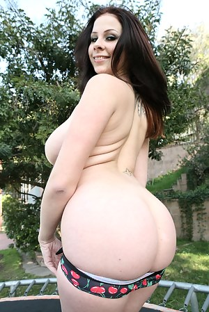 Big Booty Girls Porn Pictures